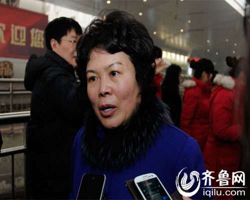 山东省政协委员、青岛市残疾人联合会管艾宏接受齐鲁网采访